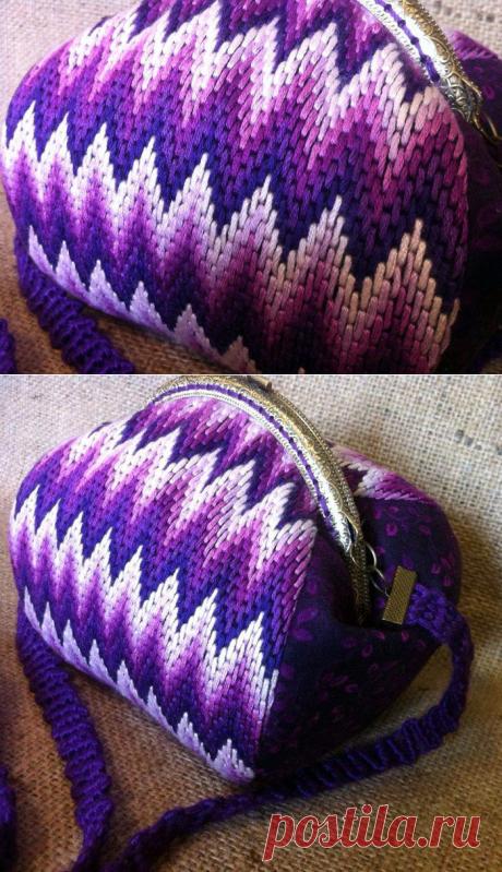 Текстильная сумочка с вышивкой барджелло