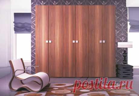 Распашной шкаф 3-х секционный ЛДСП шпон: цена, фото