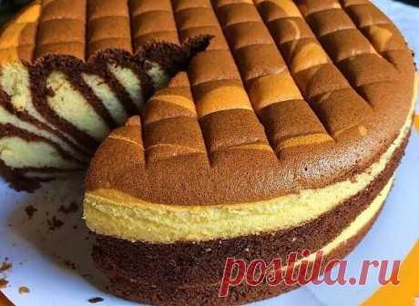 Кекс-пирог «Зебра»       «Зебра» станет изюминкой повседневного и торжественного стола! Готовится  этот кекс на сметане, получается легким, влажным, мягким, пористым, нежным,  воздушным. Пахнет кекс конечно же обалденно, на вкус тоже одно искушение,  а выглядит на миллион!
