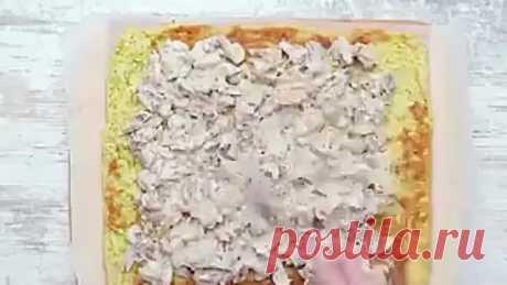 Кабачковый рулетик с грибами