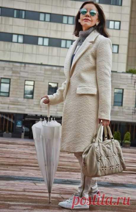 Сочетания цветов водежде для женщин в возрасте | CLUB-WOMAN: Мода и стиль | Яндекс Дзен