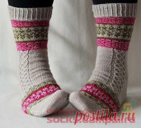 Вязаные носки «Echoes from Karelia»