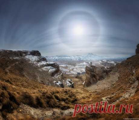 Солнечное гало над Эльбрусом. Автор фото: Светлана Иванова.