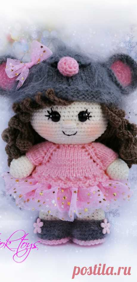 PDF Пупс малышка в костюме мышки крючком. FREE crochet pattern; Аmigurumi doll patterns. Амигуруми схемы и описания на русском. Вязаные игрушки и поделки своими руками #amimore - Кукла, пупс.