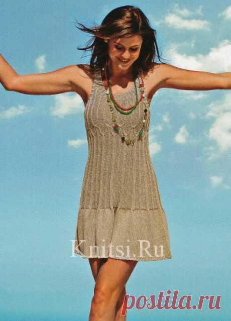 Летнее платье, связанное спицами