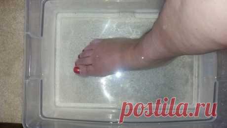 Японская техника: окуните ноги в эту смесь и очистите весь организм Японская техника: окуните ноги в эту смесь и очистите весь организм! В нашем теле есть бактерии и токсины, от которых необходимо вовремя избавиться. В противном случае они станут причинами различных проблем со здоровьем и серьезных заболеваний...
