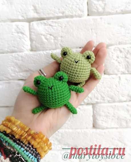 СХЕМА вязания маленькой лягушки крючком #схемыамигуруми #амигуруми #вязаныеигрушки #вязанаялягушка #лягушкакрючком #amigurumi #amigurumipattern #amigurumitoy #amigurumifrog #crochetfrog