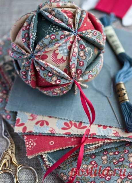 Мастерим винтажный шарик из лоскутков — Рукоделие