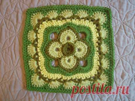"""Ravelry: The Darkness Held at Bay 10"""" and 12"""" Block by Shan Sevcik"""