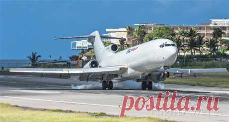 Фото IFL BOEING 727-200 (N215WE) - FlightAware
