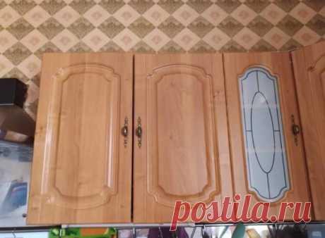 Нашла способ, как избавиться от жира на верхних шкафах кухни. Теперь все знакомые берут с меня пример.
