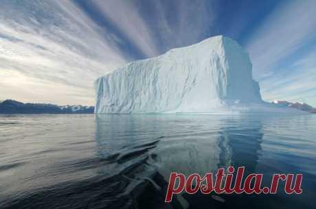 Айсберг в океане...
