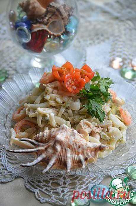 Салат из кальмаров с курицей - кулинарный рецепт
