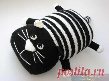 """Подушка-игрушка """"Кот Полоскин"""". Мастер-класс.   Наконец-то могу порадовать всех тех, кто ждет обещанный мною мастер-класс по коту Полоскину."""