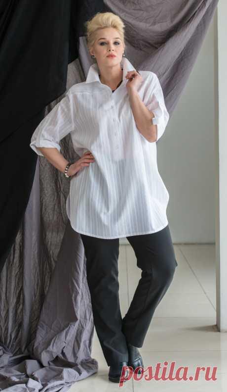 Блуза 1511-1  EVA collection по праву носит титул КОРОЛЕВЫ БЛУЗ. Таких богатых, модных,  удобных и в наивысшей степени продуманных и адаптированных к пышным формам моделей не предлагает никто. Мы счастливы, служить нашим прекрасным девушкам, и в преддверии жарких дней дарим этот уникальный подарок!  Must have этого лета блуза – рубашка из сахарно – белого, хрустящего хлопкового батиста с выработкой в тонкую полоску. Или ее городской вариант - блуза из тонкого струящегося штапеля .