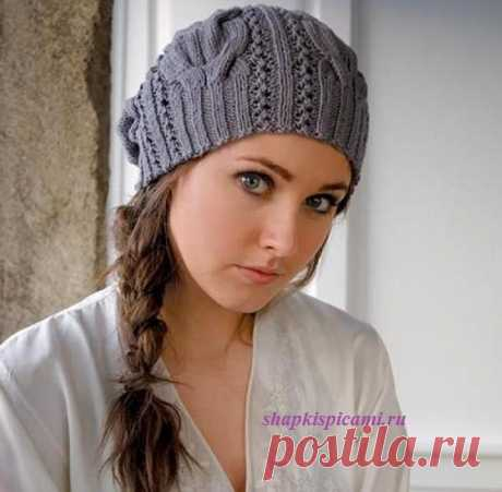 Стильная женская вязаная шапочка с косами