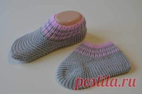 Короткие носки спицами / одним полотном / без шва на подошве | Модное Хобби | Яндекс Дзен