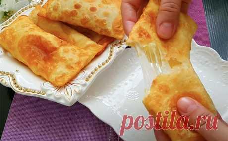 Крутой кипяток и картошка: пирожки уходят со стола за минуту. Для сока добавили еще и сыр