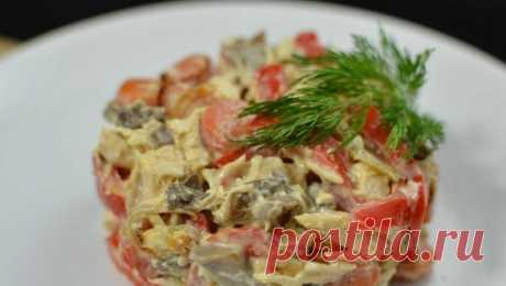 Салат с жареными шампиньонами и ветчиной — Sloosh – кулинарные рецепты
