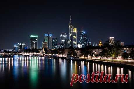 Frankfurt am Main Late evening skyline of Frankfurt