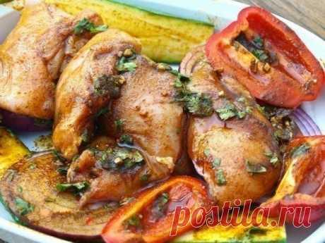 Очень вкусная летняя курица - весь секрет в маринаде!