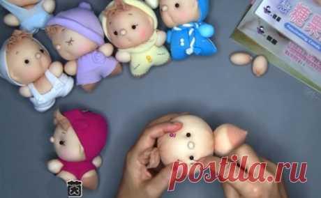 Делаем миленьких кукл-пупсов из носков