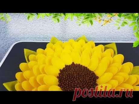 Flower From Plastic Spoons Easy Craft Tutorial   Делаем Цветок Из Пластиковых Ложек Своими Руками
