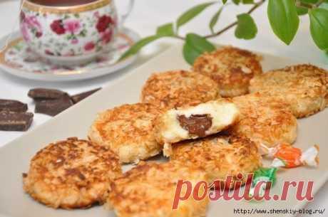 Вкуснейшие сырники с шоколадной начинкой и в панировке из овсяных хлопьев!