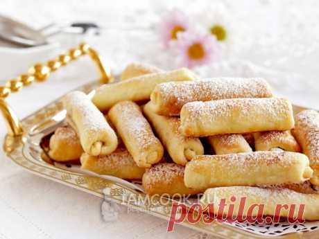 Печенье «Сигареты» с орехами  — рецепт с фото Тающее во рту рассыпчатое печенье со сладкой ореховой начинкой - прекрасное дополнение к утреннему чаю или кофе.