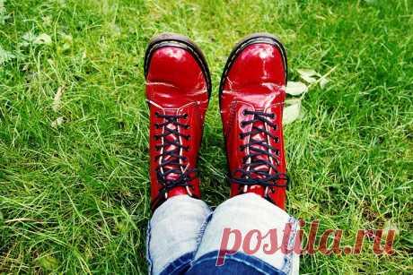 К чему снится красная обувь во сне   Сонник-снов