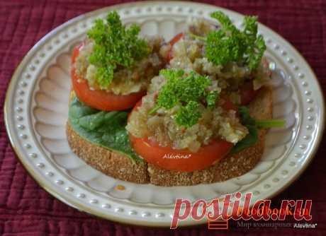 Бутерброд с помидорами | Foodbook.su Отличный вариант на обеденный стол. Бутерброд с помидорами и вкуснейшей заправкой понравятся всем. Хлеб можно использовать обычный.