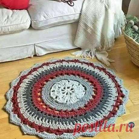 Круглый разноцветный коврик. Крючком. Схема. / knittingideas.ru