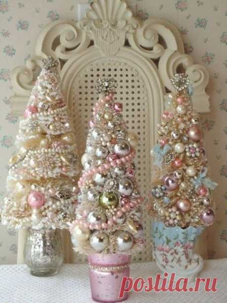 Новогоднее украшение в розовых тонах - подробно