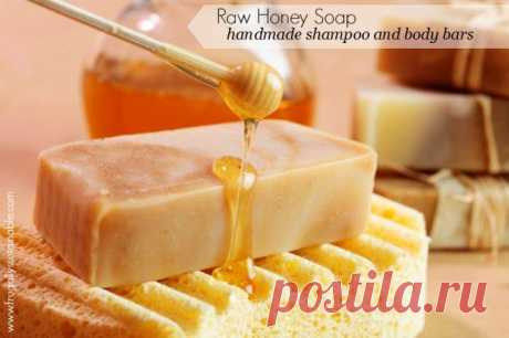 How to Make Soap :: A Recipe for Raw Honey Shampoo and Body Bars