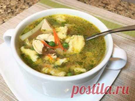 Куриный суп с сырными клёцками