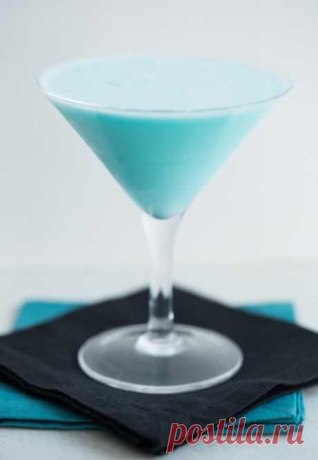 Коктейли с Блю Кюрасао: 18 рецептов с фото