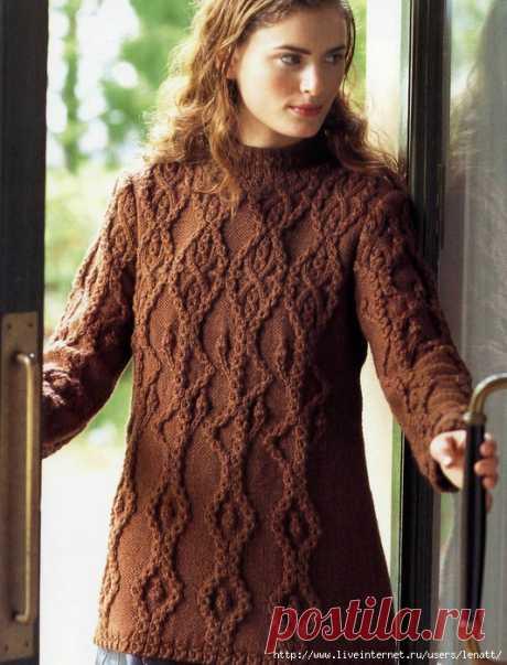 Спицы.Коричневый пуловер с фактурным узором