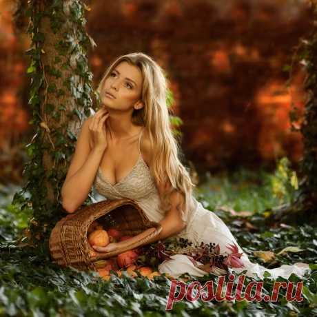 Фотография ...in the garden из раздела портрет №4536589 - фото.сайт - Photosight.ru