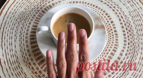 Ломкие ногти: как отрастить, нарастить, укрепить Карантин показал нам наши настоящие ногти! Учимся с ними жить, любить и укреплять. Причиной слабых ногтей может быть как генетика, так и неправильный уход. В любом случае, если вы столкнулись с этой п