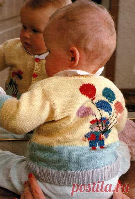 Делоручечка: Детская кофточка спицами с вышивкой