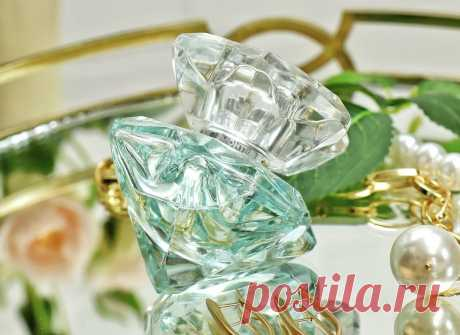 Дешевые, а пользуюсь чаще, чем дорогими: 2 парфюма на весну и лето (стойкие, шлейфовые, современные) | О макияже СмиКорина | Яндекс Дзен