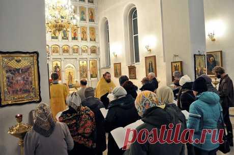Как правильно молиться по истине чудотворной молитвой - акафистом | Блог православной | Яндекс Дзен