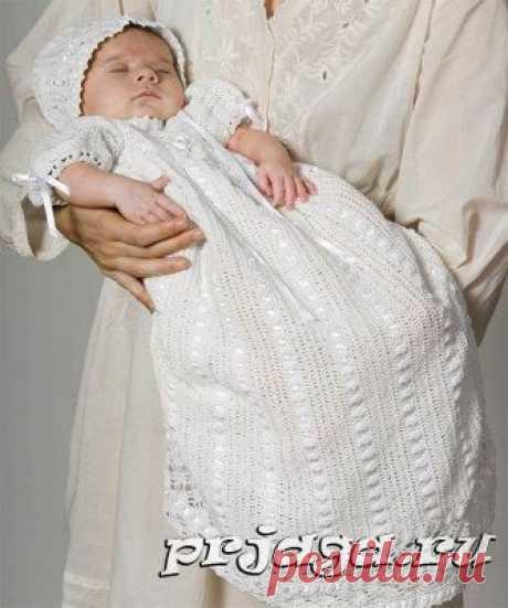 Крестильное платье крючком и вязаный чепчик для новорожденных