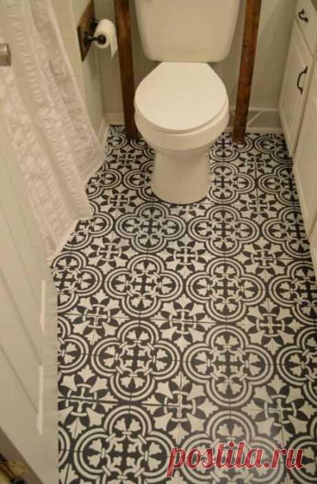 Женщина превратила стертый и унылый пол в ванной комнате в шедевр дизайнерского искусства почти без затрат   Нескучный дизайн интерьера   Яндекс Дзен