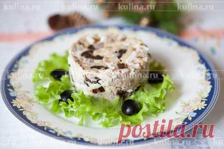 """Салат с черносливом и грецким орехом """"Новогоднее желание"""" – рецепт приготовления с фото от Kulina.Ru"""