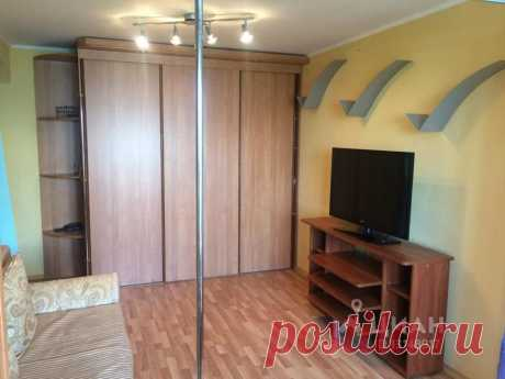 Сдаётся 1-комнатная квартира за 32 000 руб./мес., 40 м.кв., этаж 9/16 СУПЕР ПРЕКРАСНОЕ ПРЕДЛОЖЕНИЕ!!!Сдается однокомнатная квартира с КОСМЕТИЧЕСКИМ ремонтом.Полностью укомплектована современной мебелью. Имеется вся необходимая бытовая техника включая стиральную машину автомат.На кухне есть  кухонный гарнитур.Санузел раздельный в ЕВРОПЛИТКЕ.В квартире проведен высокоскоростной интернет.Металлическая дверь,домофон. Хорошо развита инфраструктура.Состав жильцов обсуждается.Можно с детьми.