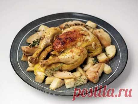 Курица с грушей и сельдереем, которые придают изысканный вкус. Рецепт приготовления на скорую руку | Вкусно. ru | Яндекс Дзен