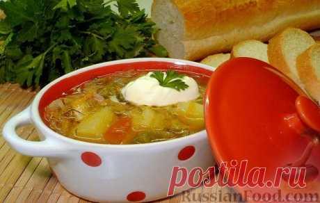 Щи из квашеной капусты - традиционная русская кухня