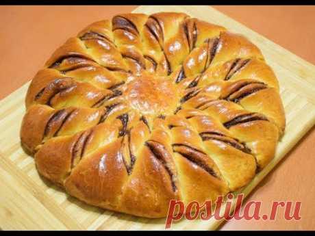 Пирог с шоколадно-ореховой пастой