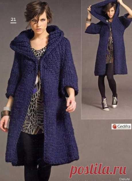 Синее пальто спицами — Попкорн — детское вязание спицами и крючком